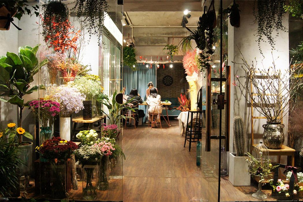 【花艺意·低成本创业实践系列1】实体店与工作室再比较:开实体花店的本质